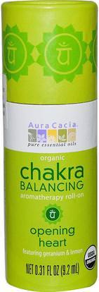 Aura Cacia, Organic Chakra Balancing Aromatherapy Roll-On, Opening Heart, 0.31 fl oz (9.2 ml) ,حمام، الجمال، بخاخ العطر