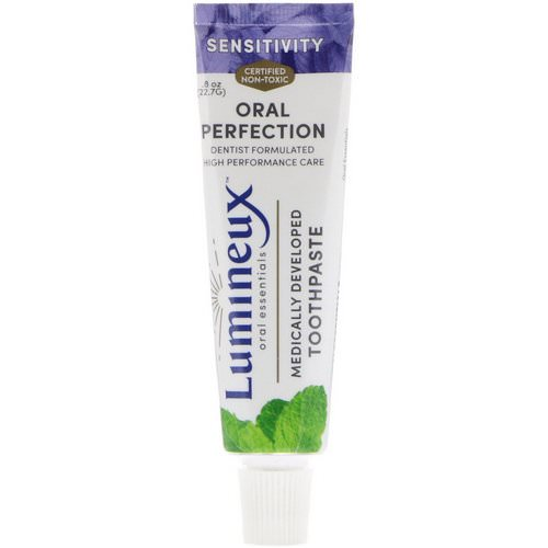 Lumineux Oral Essentials, Medically Developed Toothpaste, Sensitivity, .8 oz (22.7 g) فوائد
